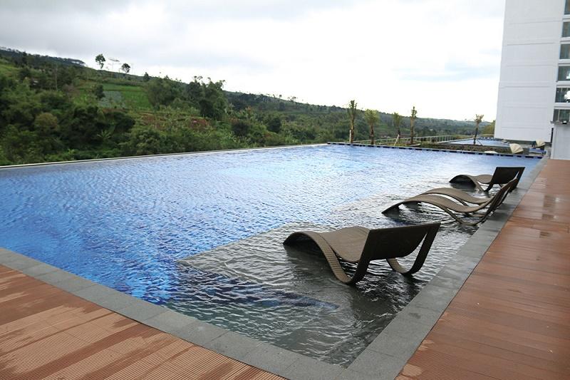 sahid Swimmingpool