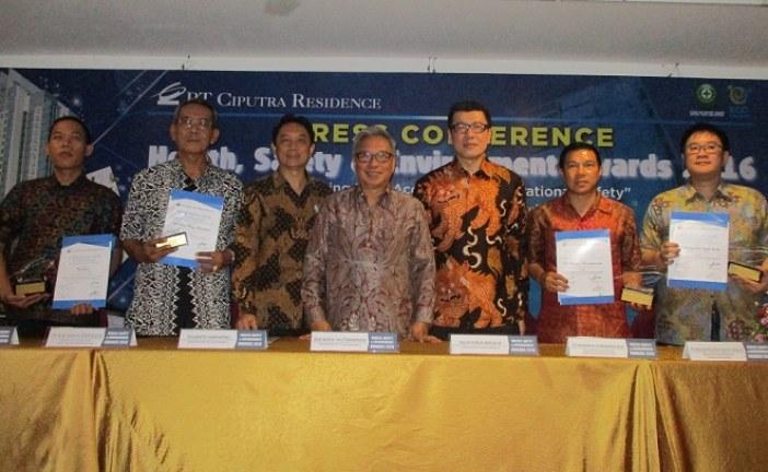 Ciputra Residence Beri Penghargaan Pada Mitra Kontraktor